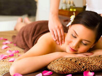 FREE Thai Massage 15 Min Demos at Tip Top Health Shoppe & Spa
