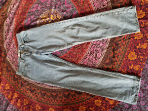 Highwaisted Levi's jeans