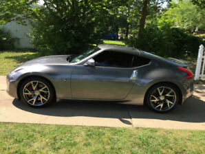 Nissan 370Z 2013 sport package 6MT 32 .000 KM