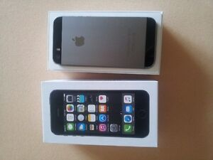 Space grey new condition iPhone 5s