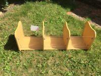 Children's bookcase / open toy box