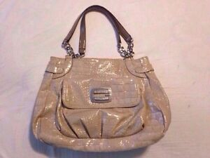 Adorable guess bag for sale