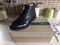 Clarks Men's Boots - Size 9.5