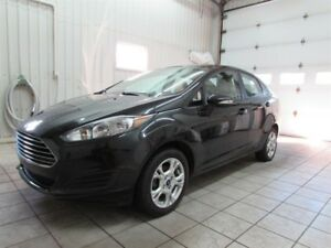 Ford Fiesta 4dr Sdn SE 2015