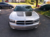 2010 Dodge Charger SXT cuir Berline