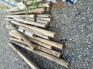 Used logs - rounded 4 x 4's  Mostly 8 foot lengths Perfect to bo