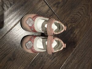 Toddler girl shoes size 5 and size 6