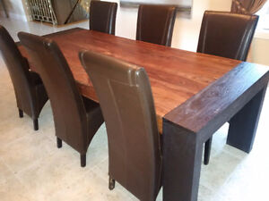 Solid exotic wood Dining room table with 6 leather chairs West Island Greater Montréal image 5