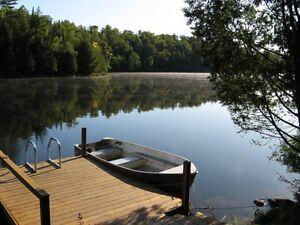 Chalet à louer sur le bord d un lac à tremblant