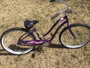"""Woman's Bike Like New ""Trek"""" Classic"