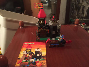 Vintage lego # 1906 majisto's Tower 1994 complete