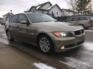 2007 BMW 328xi Low km and clean