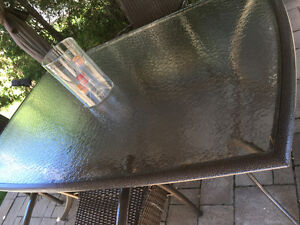 Patio glass table with alluminim frame