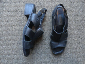 Women's Leather Sandals - Size 6W & Size 6.5