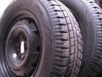 4 pneus d'hivers toyo gsi5 état neuf 215 65 16 sur roues