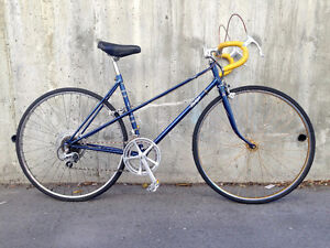 Ladies vintage lowstep English fast & comfortable city commuter