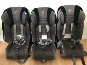 Sièges d'auto enfant de marque Radian XT de 5 livres à 45 livres
