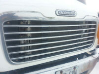2002-2012 FREIGHTLINER M2 GRILL
