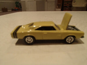 Loose Light Gold 1968 '68 DODGE CHARGER R/T by JOHNNY LIGHTNING