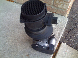 INTAKE WITh MASS AIR FLOW