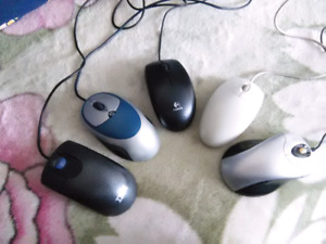 Corded optical mouse