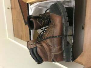 workload steel toe construction shoes size 7