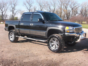 looking for 2003-2007 GMC Sierra 1500 Pickup Truck