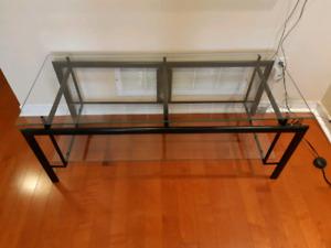 TV table for sale. Glass top. Metal legs. Mavis/Eglinton.