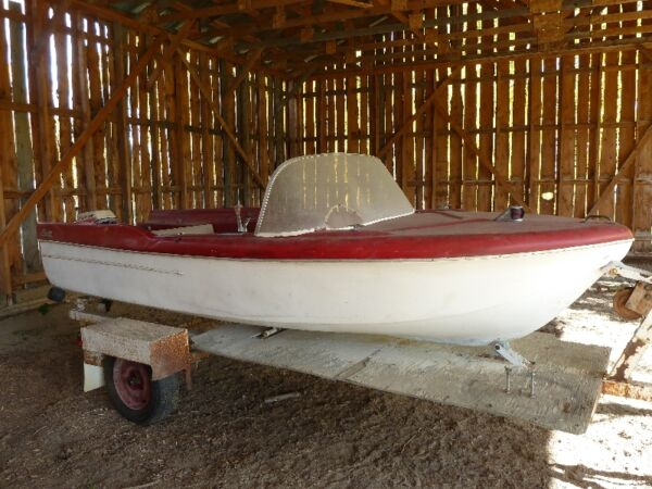 Used 1965 Glastron Inc 16' Runabout