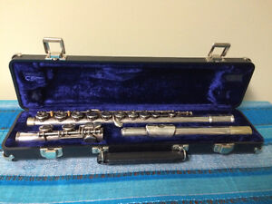 Used Armstrong Open-Hole Flute