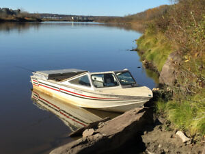 Clements 22 ft Jet Boat, 8 dgree hull, 400 SB Chevy power, Berke