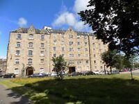 2 bedroom flat in Johns Place, Leith Links, Edinburgh, EH6 7EN