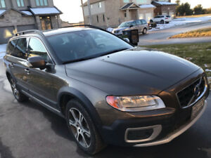 Car Volvo XC70 AWD T6