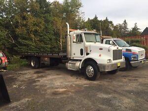 2005 Peterbilt Tow Truck
