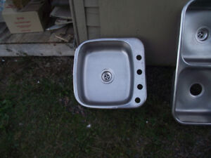 FOR SALE SINGLE KITCHEN SINK