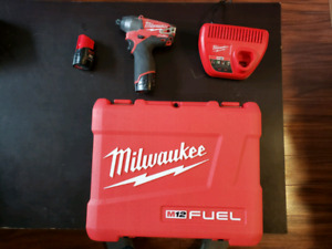 Impact Milwaukee M12 Fuel 2453-22 (2453-20)
