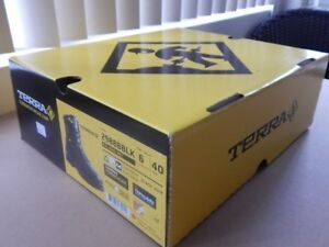 SAFETY SHOES, Terra, Brand NEW, Never Worn