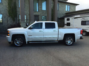 2015 Chevrolet Silverado6.2L High Country MINT Shape! No GST!