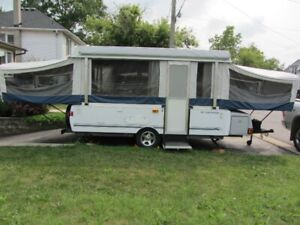 2008 Fleetwood Utah Tent Trailer / Pop-Up Camper