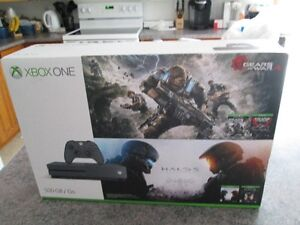 BRAND NEW XBOX ONE S HALO AND GEARS BUNDLE