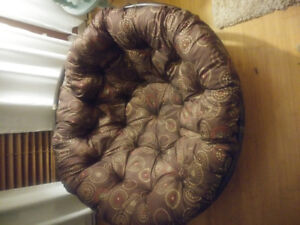 BEAUTIFUL LIKE NEW BASKET BAMBOO CHAIR FROM PIER 1 IMPORTS