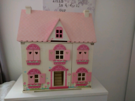 ELC Rosebud dolls house Includes furniture and dolls