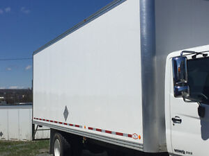26' Dry Box ( MUST SELL )