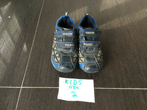 GEOX Boy's Running Shoes