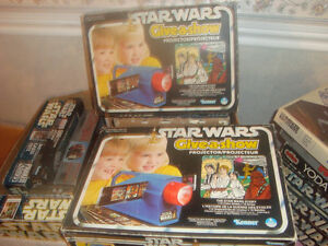 2 Star Wars Give a show projectors  Vintage collectible1977