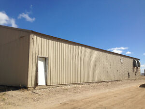 QUICK AUCTION 40X80 cold storage shed To be Removed