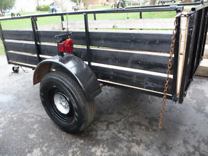 4 X 8 Utility trailer  Very solid built