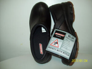SAFETY WORK SHOES NEW (Non-Metal) OiL RESiSTANT  SLiP-PROOF Sz 8