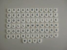 70 plastic letters. Collection Thornton heath