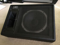 PEAVEY 112 HS POWERED MONITOR
